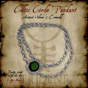 Celtic Circle Pendant Silver Emerald HR